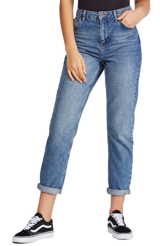 BDG_urban_outfitters_mom_jeans_types of jeans for women_revelle
