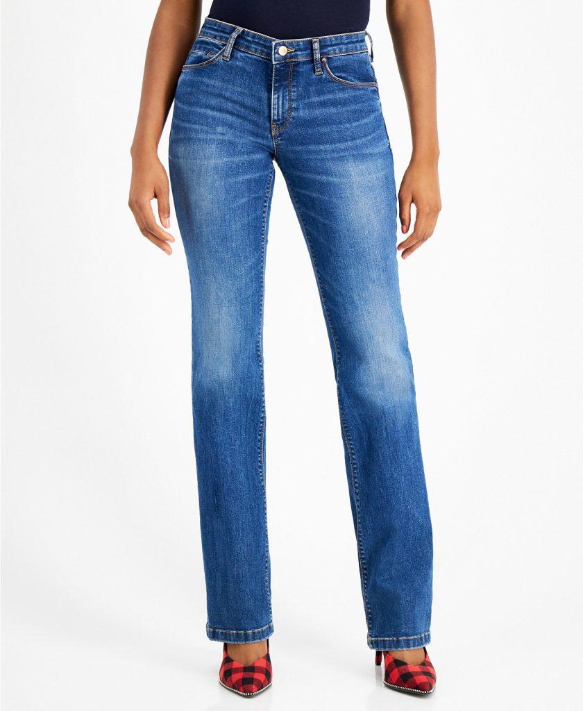 https://www.macys.com/shop/product/guess-bootcut-jeans?ID=11537785&PartnerID=LINKSHARE&cm_mmc=LINKSHARE-_-2-_-10-_-MP210&ranMID=3184&ranEAID=mwj2Z6XzQp0&ranSiteID=mwj2Z6XzQp0-Cc5_261Sfe2u4Y95FlPWHA&LinkshareID=mwj2Z6XzQp0-Cc5_261Sfe2u4Y95FlPWHA&m_sc=aff&PartnerID=LINKSHARE