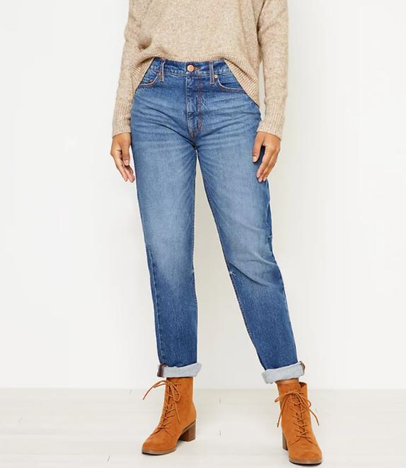Loft petite boyfriend jeans in dark wash_best jeans for petite women_revelle