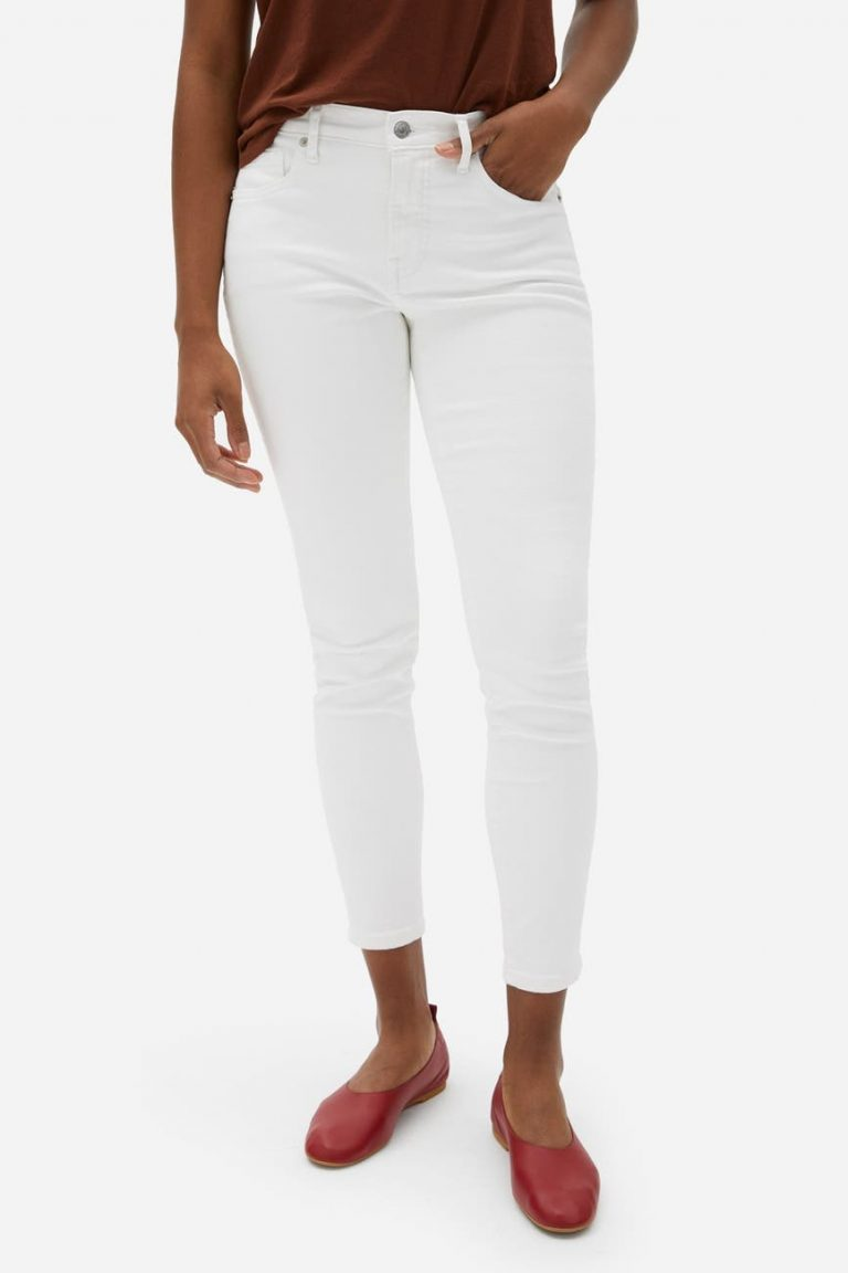 EVERLANE_The_Authentic_Stretch_Mid_Rise_Skinny_best jeans for women with big thighs_revelle