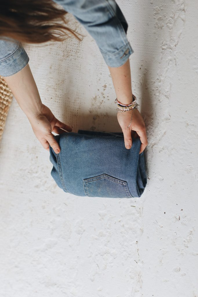 how to fold jeans_save space_9_revelle