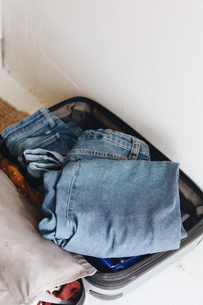 best jeans for travel_revelle