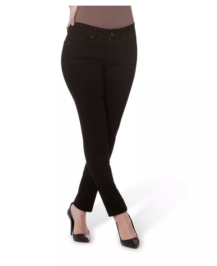 Lola Jeans Mid-Rise Straight Jeans_black straight leg jeans_revelle