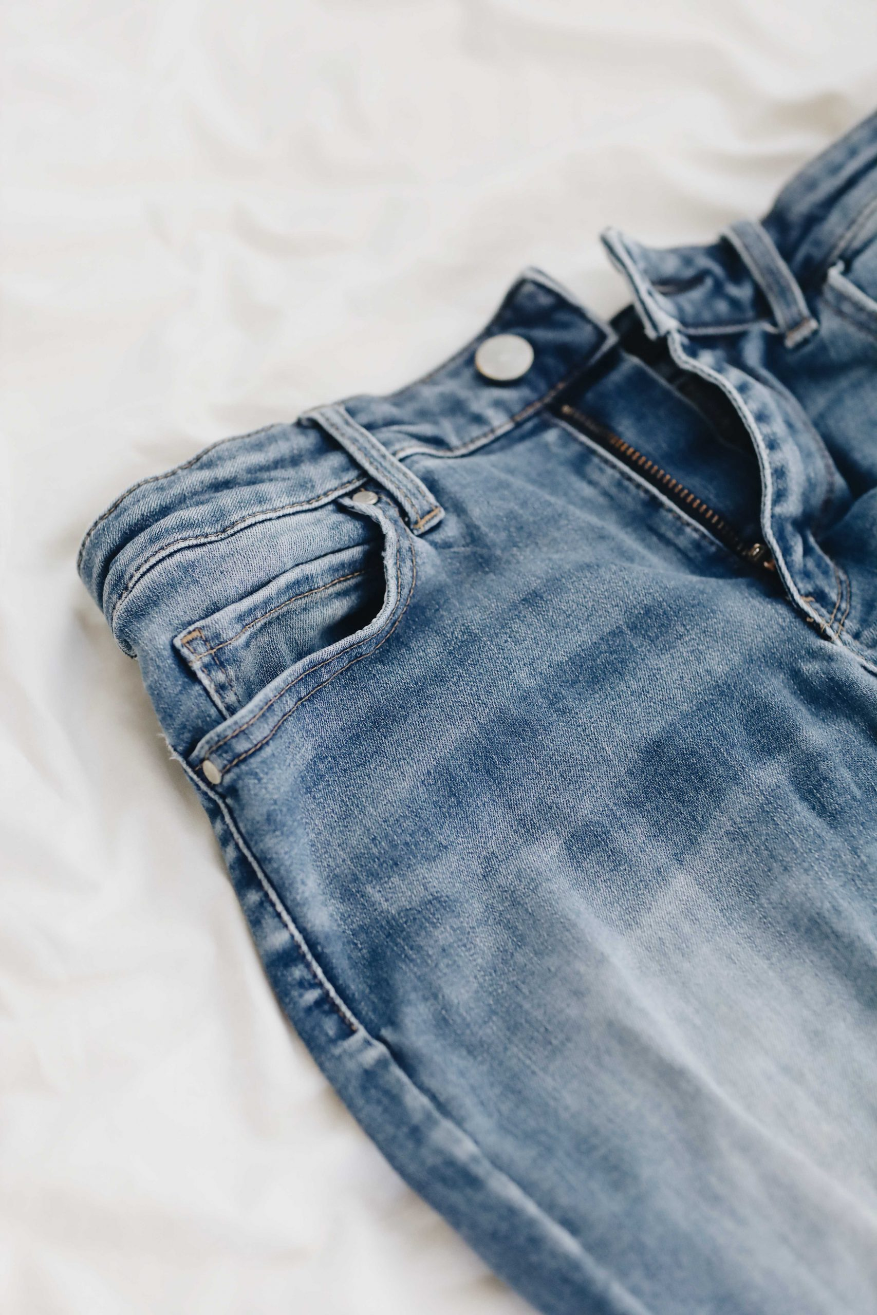 This Is What The Small Pocket On Jeans Is *Actually* For
