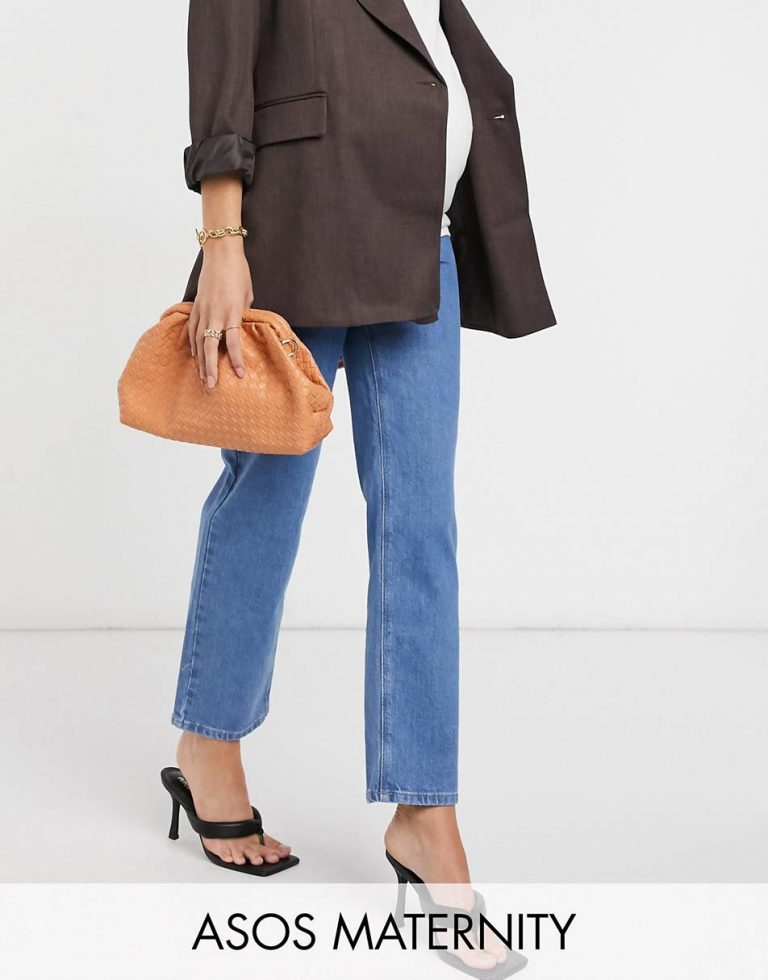 ASOS DESIGN Maternity High-Rise Stretch 'Slimming' Straight leg jeans in Brightwash With Elasticated Side Waistband_best maternity jeans_revelle